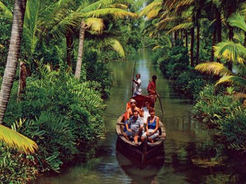 backwater-kerala-tour_packages.jpg