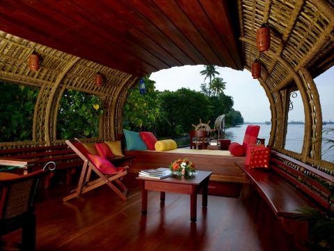 house_boat_kerala_inda.jpg